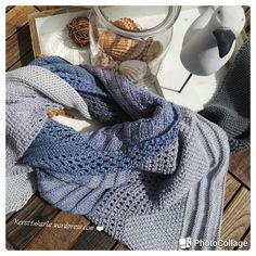 3 Wochen habe ich gebraucht, ging eigentlich. Die Idee: Ich hätte so gern ein Tuch zur Jeans, nicht so verspielt und keine grellen Farben. Es sollte edel aussehen aber auch frisch und sportlich. mm…