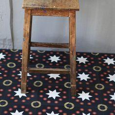 Carreau de ciment Kermesse noir - prix échantillon - Petit Pan - vivre en multicolore