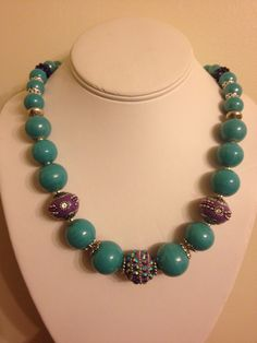 Funky chunky blue and purple necklace.