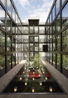 citizenM London Bankside by Concrete Architectural Associates