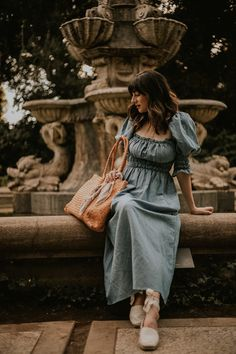 I'm sharing what I wore during an evening stroll through the Huntington Gardens! I'm also sharing a review of my new Milaner bag! #cottagecore #effortlesslychicoutfit #parisianstyle #milaner