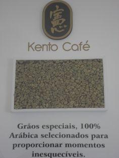 Grãos verdes de café. Selecionados para a torrefação. Método Natural.