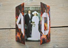 Uitnodiging voor een 40 jarig huwelijk waarbij gebruik is gemaakt van de oude trouwfoto. Magazine Rack, Bookends, Home Decor, Money, Decoration Home, Room Decor, Home Interior Design, Home Decoration, Interior Design