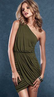 I like this style, and I think I'll always love the army green :)