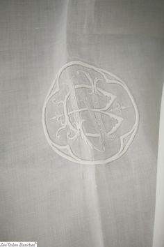 Vintage French DOWRY pure white FIL DE LIN art nouveau LADDER WORKS NB m c  1930 e1abf1085ca