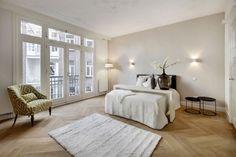 Nicolaas Maesstraat 38 huis te Amsterdam  High-end verbouwd appartement gelegen in een prachtig breed pand gebouwd begin vorige eeuw en opgetrokken uit mooie rode baksteen in de Belle Epoque stijl, begin twintigste eeuw meets begin eenentwintigste