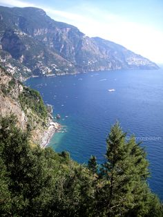 Positano for the weekend - blog - great pics and more http://www.aglioolioepeperoncino.com/2011/10/positano-for-weekend.html