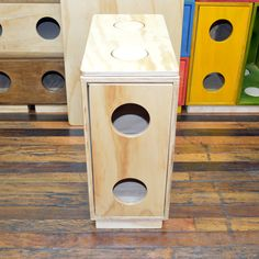 El Velador Mid de Muebloc agrega funcionabilidad y estilo a su dormitorio utilizando solo una fracción de espacio