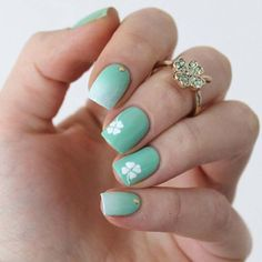 Stylish & Simple Clover Nail Design
