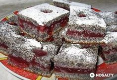 An amazing poppy pie Healthy Dessert Recipes, Cake Recipes, Snack Recipes, Cooking Recipes, Hungarian Cake, Hungarian Recipes, Hungarian Food, Pie Cake, Something Sweet