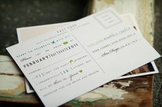Love these postcard style RSVP cards