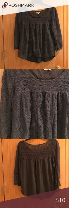 3/4 sleeve blouse Grey lace shirt American Eagle Outfitters Tops Blouses