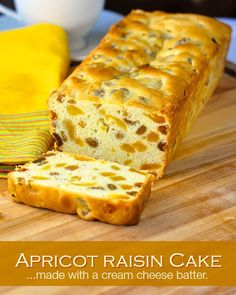 Apricot Raisin Cake – a Newfoundland Holiday Favourite Apricot Raisin Cake is a popular Holiday recipe here in Newfoundland but it makes a wonderful baked treat at any time of year; stays fresh for several days. Rock Recipes, Cake Recipes, Dessert Recipes, Scones, Apricot Cake, Apricot Bread Recipe, Apricot Recipes, Peach Cake, Raisin Cake