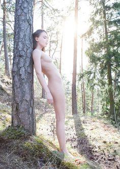 Aktfoto og nakenkunst
