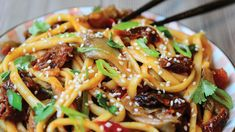 Nudle udon s hlívou ústřičnou a rajčaty Veg Recipes, Spaghetti, Ethnic Recipes, Food, Vegetarian Recipes, Plant Based Recipes, Essen, Meals, Yemek