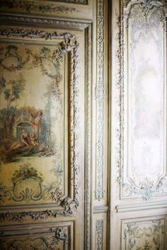 *Rococo Revisited - Versailles, appartements Louis XV (via XV) Chateau Versailles, Palace Of Versailles, Marie Antoinette, Chinoiserie, Luis Xvi, French History, French Chateau, Hand Painted Furniture, Beautiful Interiors