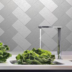 "EKB Instant Mosaic Silver Tile (3""x6"")   Overstock.com Shopping - Big Discounts on Backsplash Tiles"