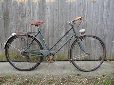 Restoring vintage bikes to their former glory- 1939 Manufrance Hirondelle |