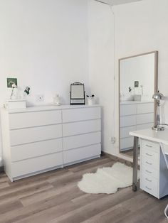 Tatiana Kisiel's Room First Interiorism Project Room Ideas Bedroom, Small Room Bedroom, Home Decor Bedroom, Ikea Bedroom Design, Interior Livingroom, Cute Room Decor, Aesthetic Room Decor, Stylish Bedroom, Room Inspiration