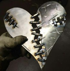 Promising underwrote awesome metal welding projects view it now Metal Welding, Arc Welding, Welding Tools, Diy Tools, Woodworking Projects, Welding Art Projects, Metal Art Projects, Welding Ideas, Welding Crafts