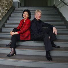 Am Vorabend von Claras Geburtstag, am 12. September um 20 Uhr, geben Mi-Joo Lee und Klaus Hellwig einen Klavier-Duo-Abend. Beide sind mehrfache Preisträger großer Klavierwettbewerbe, unterrichten an der Universität der Künste Berlin und haben mit ihren Konzerten, CD- und Rundfunkaufnahmen internationale Bekanntheit erlangt.