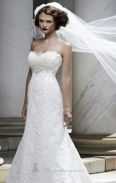 Casablanca+Casablanca+Beaded+Strapless+Lace+Gown+Size+2