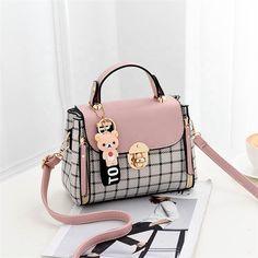 2019 new fashion versatile Women's bag Cute Purses, Purses And Bags, Designer Purses And Handbags, Korean Bags, Back Bag, Luxury Purses, Girls Bags, Ladies Bags, Cute Bags