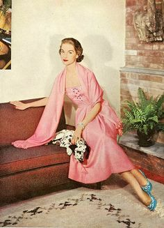 #pink #vintage #1950s #elegant #eveningdress #fifties #clothes #style #fashion #dogs #dalmatians