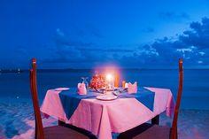 dinner on the beach hashtag #Finnmatkat