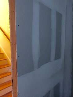 Dining room to stairwell Mud 9/25 80c
