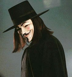 "V for Vendetta: ""Beneath this mask there is more than flesh. Beneath this mask there is an idea, Mr. Creedy, and ideas are bulletproof"" Best Alien Movies, Aliens Movie, Sean Young Blade Runner, Mad Max Mel Gibson, Ideas Are Bulletproof, Lost Pictures, Disaster Movie, Hugo Weaving, Crime Film"