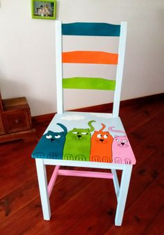 Upcycled furniture diy ideas chairs 46 Ideas for 2019 Hand Painted Chairs, Whimsical Painted Furniture, Hand Painted Furniture, Funky Furniture, Refurbished Furniture, Paint Furniture, Repurposed Furniture, Furniture Projects, Kids Furniture