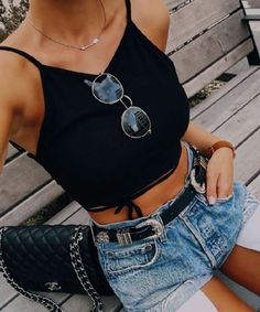 Find More at => http://feedproxy.google.com/~r/amazingoutfits/~3/qUAM7dwXjMo/AmazingOutfits.page
