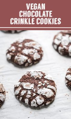 Chocolate Crinkles Cookies- these easy vegan cookies are perfect for holiday bak Chocolate Crinkles Cookies- these easy vegan cookies are perfect for holiday baking and a delicious treat that no one will even know is vegan! Source by bfota Healthy Vegan Desserts, Vegan Dessert Recipes, Keto Desserts, Vegan Treats, Easy Desserts, No Egg Desserts, Healthy Food, Low Carb Cookies, Easy Vegan Cookies