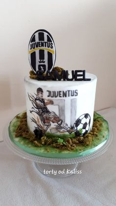 Juventus to b-day - cake by Kaliss 18th Birthday Party Themes, Baby Boy Birthday Cake, Soccer Birthday Parties, Birthday Cakes For Men, Cakes For Boys, 10th Birthday, Football Cake Design, Football Cakes, Sports Themed Cakes