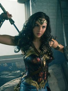 Gal Gadot is an unstoppable force in the final 'Wonder Woman' trailer