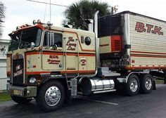 Coe Kenworth custom K100 with matchin reefer