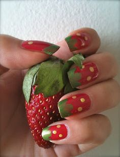 Simple Strawberry nail art tutorial!