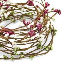 ENREDADOS… Crea tus propias tiaras y #trimming para sombreros con enredaderas de color  #bridals#strawberrys#hats#millinery#hatmakker#trimmings