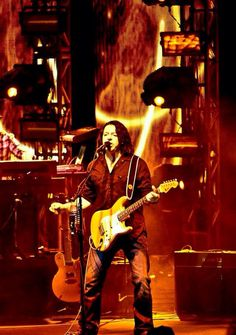 Tears for Fears - Roland Orzabal preforming