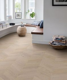 Quick-step Intenso Oak Eclipse Oiled Chevron Engineered Wood Flooring - Save More On Quality Floors And Doors Engineered Timber Flooring, Plank Flooring, Wooden Flooring, Planks, Wood Parquet, Hardwood, Planchers En Chevrons, Laminate Flooring Colors, Quick Step Flooring