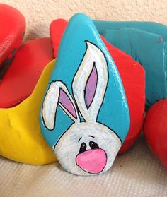 felsen und steine Best Animal Painted Rocks for Beginner Rock Painters Rock Painting Patterns, Rock Painting Ideas Easy, Rock Painting Designs, Pebble Painting, Pebble Art, Stone Painting, Diy Painting, Painted Rock Animals, Painted Rocks Kids