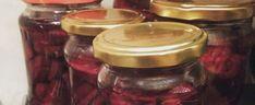 Bajecznie pyszne i zdrowe kiszone buraki. Każdy powinien mieć je w swojej spiżarni | smakosze.pl Mason Jars, Mason Jar, Glass Jars, Jars