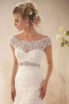 Shoulder hugging lace, sweetheart top, fitted body with embellished belt! #myweddingnow.com #my_wedding_now #Top_Lace_Wedding_Dress #Wedding_Dress #Simple_Lace_Wedding_Dress #easy_Lace_Wedding_Dress #Best_Lace_Wedding_Dress #Lace_Wedding_Dress