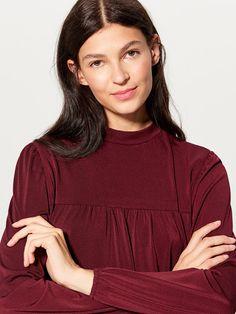 HUNT4SHOP: Bluzita lejera Mohito - 35 ron, Reducere 25 ron! Costume, Shopping, Tops, Women, Fashion, Moda, Fashion Styles, Costumes, Fashion Illustrations
