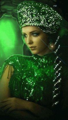 Green - Beautiful GIFS GIF'S & FANTASY ART - Saved from : elianibsoares.tumblr.com