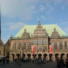 Allemagne Hôtel de ville et la statue de Roland sur la place du marché de Brême