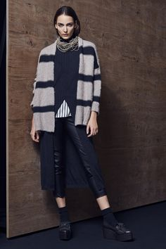 See the complete Brunello Cucinelli Fall 2016 Ready-to-Wear collection.