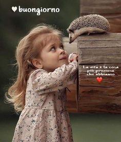 64 Ideas Baby Fotos Girls Children Photography For 2019 Cute Little Girls, Cute Kids, Cute Babies, Precious Children, Beautiful Children, Animals For Kids, Cute Baby Animals, Children Photography, Animal Photography