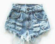Levi 501 Vintage high-waisted denim shorts - Woman Under Wear Distressed Denim Shorts, Ripped Jean Shorts, Levi Shorts, Denim Jeans, Girl Shorts, Cute Shorts, Short Outfits, Jean Outfits, Cute Outfits
